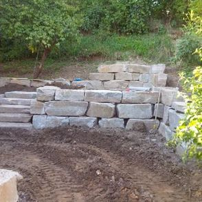 Muskoka Granite Wall built in GTA
